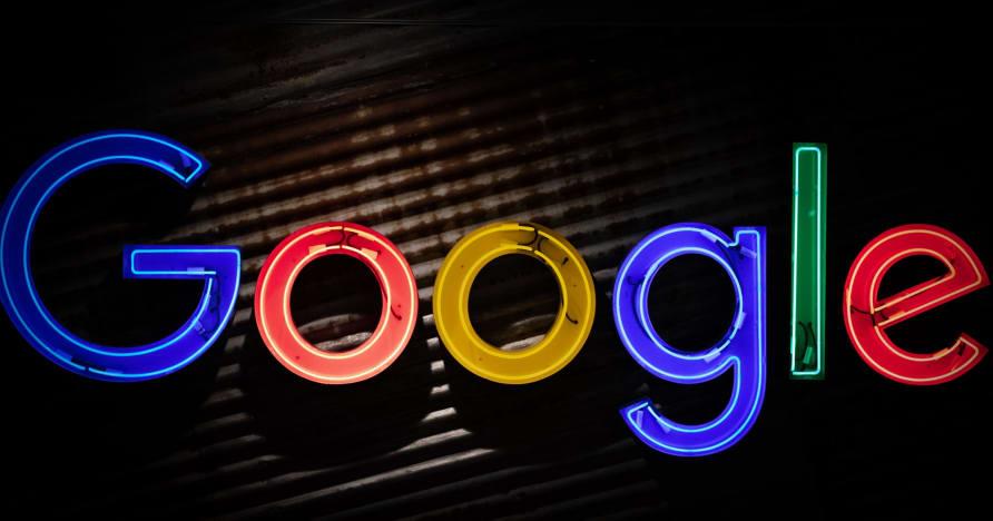 A Google Play Áruház a valódi pénzű szerencsejáték-alkalmazások terjesztésére készül